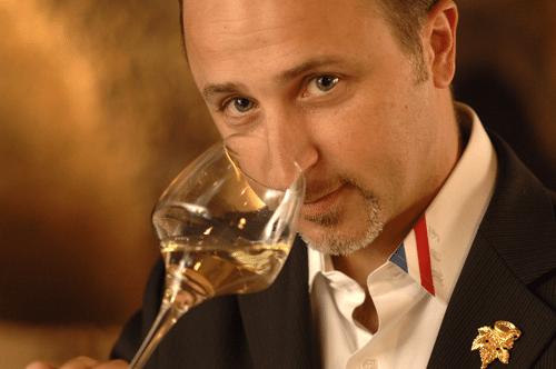 La Une carte des vins Cavissima a été soigneusement élaborée par John Euvrard