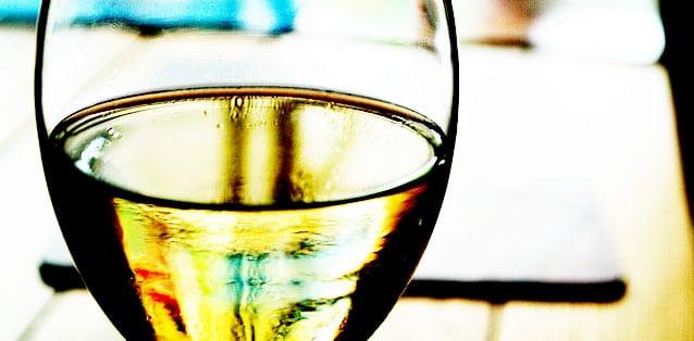 vin-blanc-garde