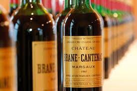 multitude de bouteilles brane-cantenac alignées